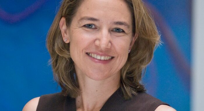 Dr. Heather Mefford